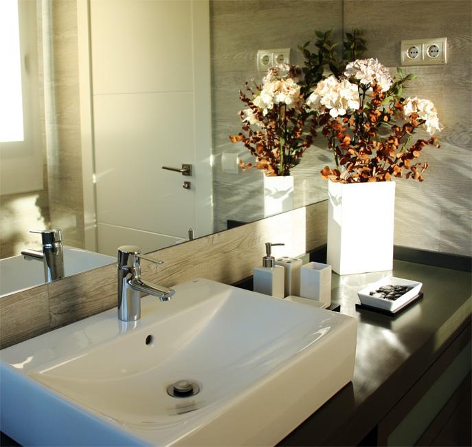 Lavabo tras reforma de baño